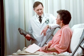 Doctor-with-Patient-1